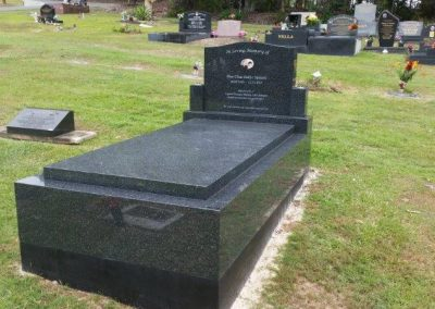 gravestones gold coast