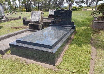 headstones and gravestones